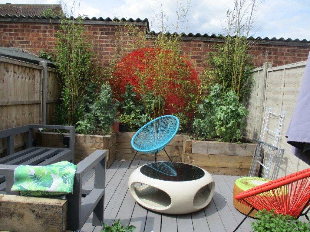 A city terrace garden in Norwich