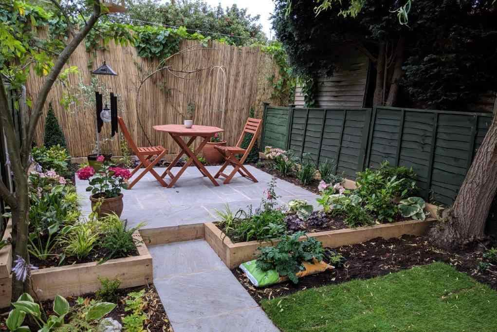 A completed small garden design by Richard Walters Garden Design